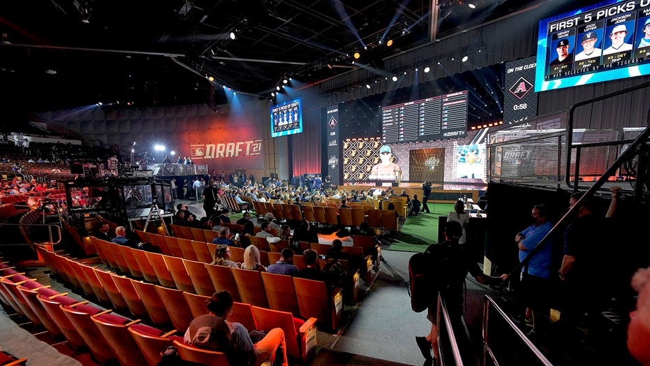 Angels 1st to select exclusively pitchers in amateur draft