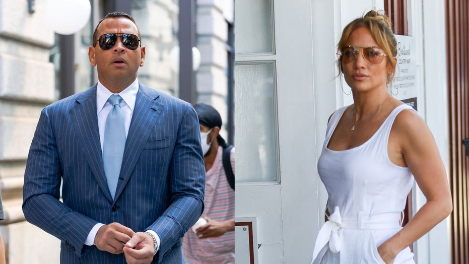 Jennifer Lopez wipes all traces of Alex Rodriguez from her Instagram, unfollows him
