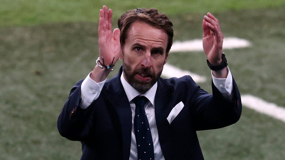 England's Gareth Southgate sends message to supporters before Euro final