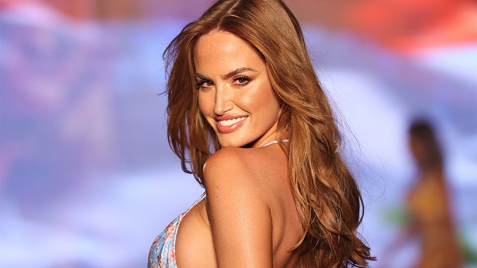 Sports Illustrated Swimsuit model Haley Kalil stuns audiences during surprise appearance at Miami runway show