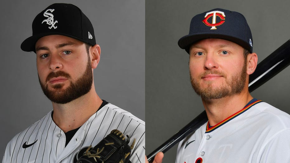 Josh Donaldson takes his trash to the parking lot, gets in Giolito's face