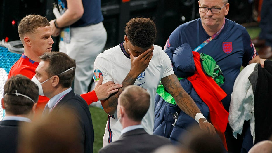 England's Marcus Rashford apologizes for missed penalty, thanks fans for positive messages