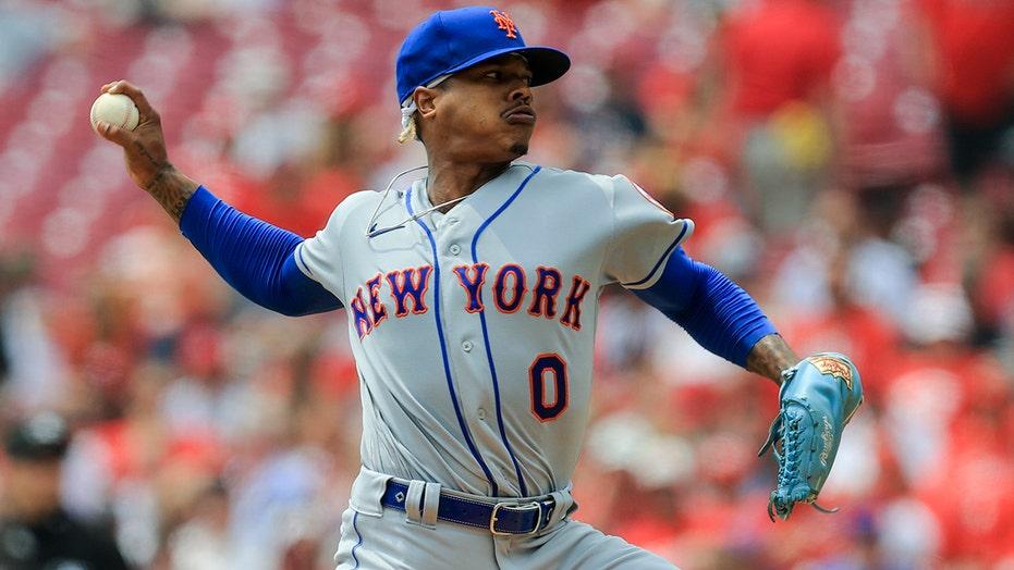 Stroman 1-hit ball for 8 innings, Smith slam, Mets beat Reds