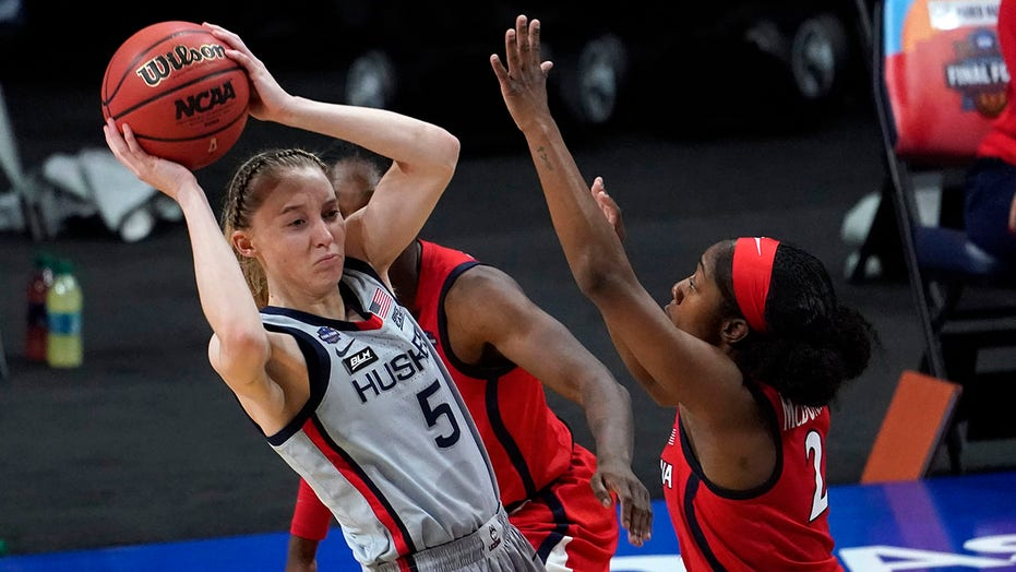 UConn star Paige Bueckers honors Black women with incredible speech at awards show