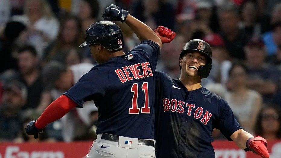 Devers homers, surging Red Sox hold off Ohtani's Angels 5-4