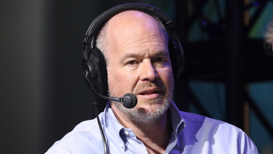 NFL Network's Rich Eisen tests positive for COVID-19 despite being vaccinated