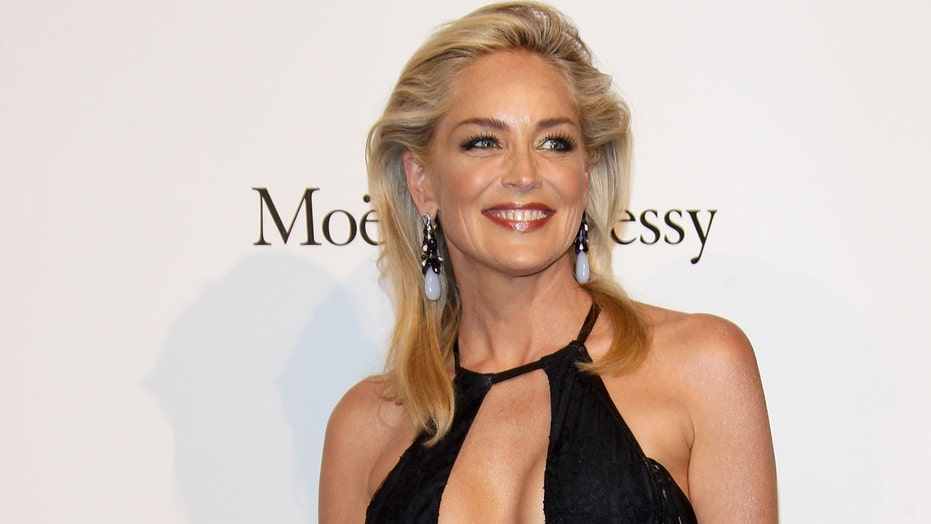 'Basic Instinct' director denies Sharon Stone's claim that she was tricked into showing nudity in film