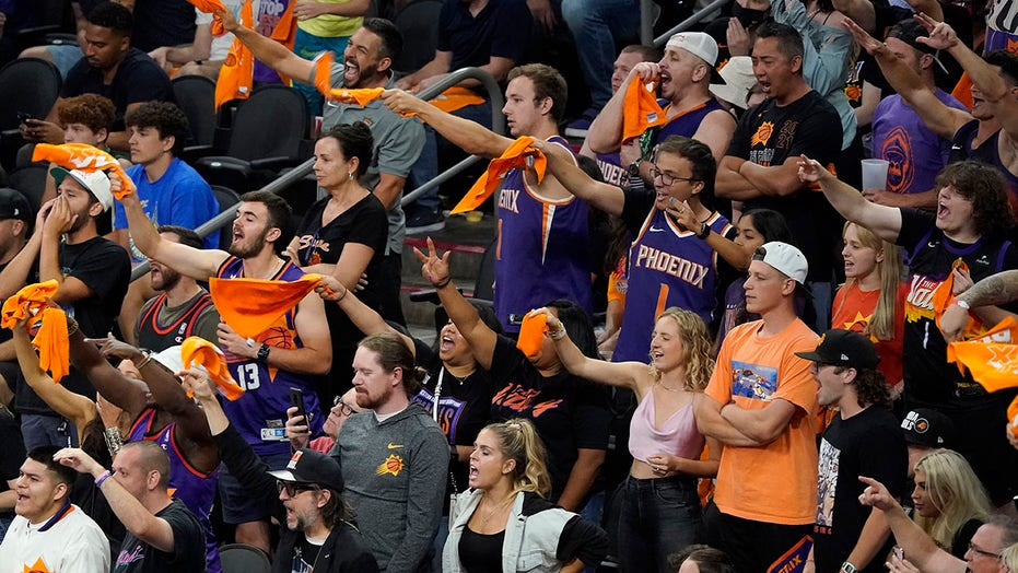 Suns fan fight at playoff watch party sparks another 'friendly reminder' from team