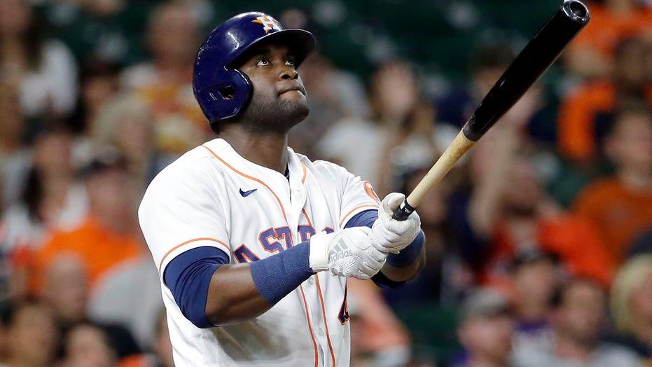 Alvarez ends slump with 2-run HR as Astros beat Indians 4-3