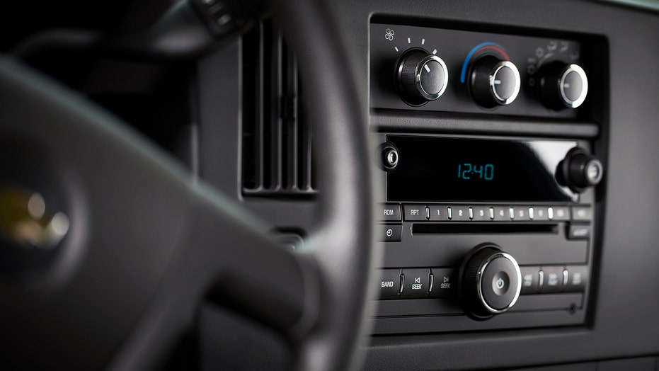 GM killing CD players in its passenger vehicles