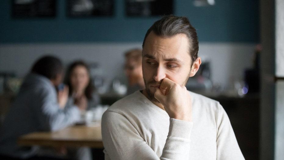 American men experiencing 'friendship recession': report