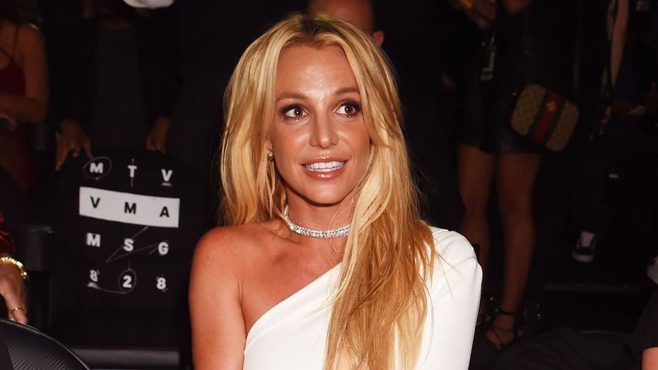Britney Spears' father, Jamie, plans to step down from conservatorship | Fox News