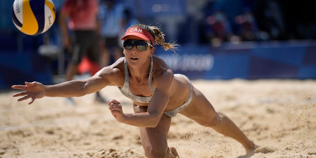 US-Canada women's beach volleyball match marred by controversial challenge reversal; Twitter furious