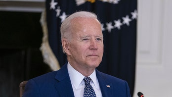 Biden honors 'best in our nation,' awarding Congressional Gold Medals to Jan. 6 Capitol police officers