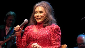 Loretta Lynn announces all-star benefit concert for Tennessee flood victims: 'Love is stronger'