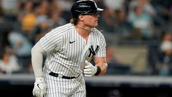Voit's 4 hits spark streaking Yanks to 10-2 rout of Twins