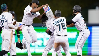 Alfaro lifts Marlins over Nats 4-3 in 10 to end 8-game slide