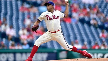 Galvis, Suarez lead Phillies over Arizona for 3rd win in row