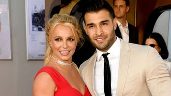 Britney Spears shares Instagram selfie on way to friends