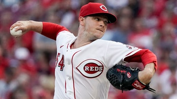 Gray 1-hits Miami over 7 scoreless, Reds beat Marlins 5-3