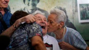 97-year-old American WWII vet reunites with Italians he saved as children