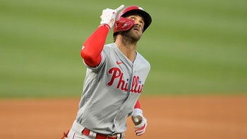 Harper homers, Phillies beat Nats 7-4 for 4th straight win