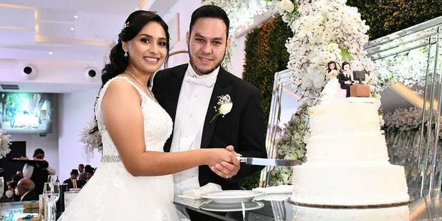 Perla Blanco and Gerardo Martinez got married inJuly 2021 in Monterrey, Mexico. A video of their wedding cake went viral on TikTok and Instagram, where commenters shared their opinions on the humorous vide game-themed cake topper.