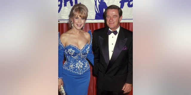 Actress Barbara Eden and husband Jon Eicholtz attend the Eighth Annual Starlight Foundation Honoring Janet Jackson and Kirk Cameron on March 16, 1991 at Century Plaza Hotel in Los Angeles, カリフォルニア.