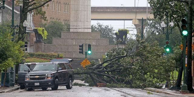 Hurricane Ida causes widespread devastation in Louisiana, New Orleans in the dark