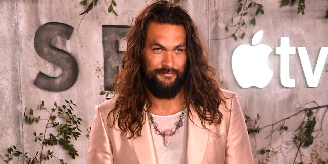 """LOS ANGELES, CALIFORNIA - OCTOBER 21: Jason Momoa attends the World Premiere Of Apple TV+'s """"See"""" at Fox Village Theater on October 21, 2019 in Los Angeles, California. (Photo by Frazer Harrison/Getty Images)"""