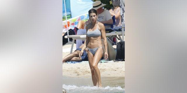 Italian star Elisabetta Canalis is enjoying her summer in Sardinia.