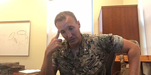Teniente marino. Gen. Stuart Scheller está exigiendo a personas mayores de EE. UU.. Los líderes se hacen responsables de las acciones realizadas durante los EE. UU.. Retirada militar de Afganistán que provocó la muerte de 13 miembros del servicio. (Crédito: Captura de pantalla del video de Scheller)