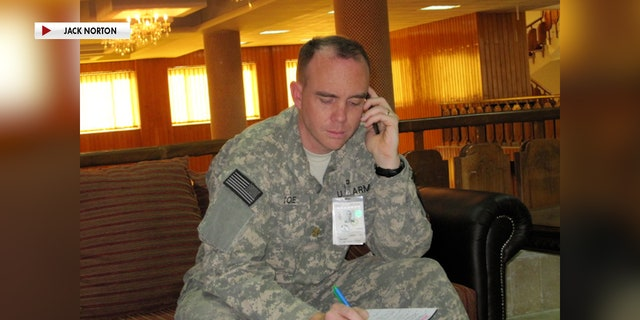 Steven Cole was deployed to Kabul, 아프가니스탄, as a U.S. Army public affairs officer in 2009.