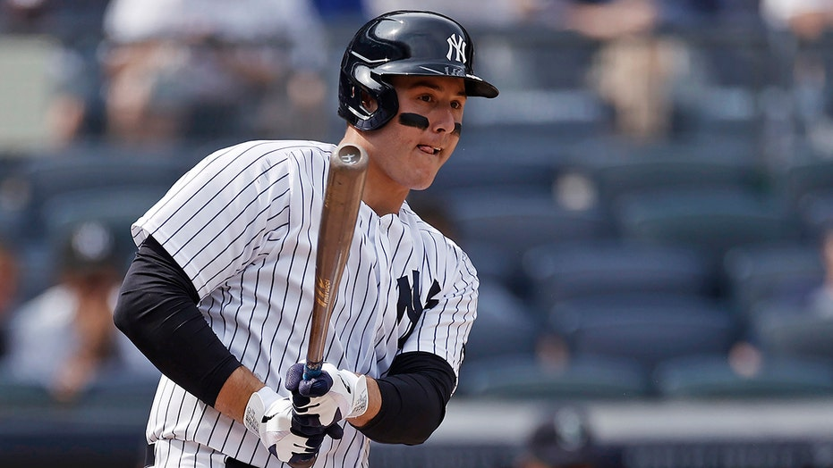 Rizzo returns to Yankees' lineup, Chapman back in bullpen