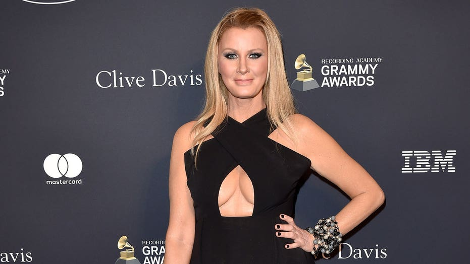 Sandra Lee moves on with actor Ben Youcef amid ex-boyfriend Cuomo's ongoing sexual harassment scandal: report