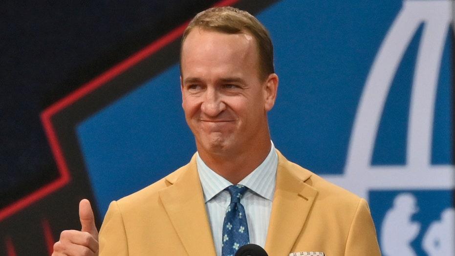 Peyton Manning jabs Tom Brady, Ray Lewis during Hall of Fame speech