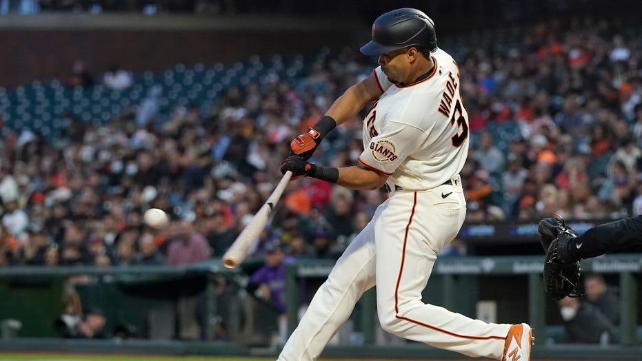 Wade's 3-run homer leads Giants to fifth straight win