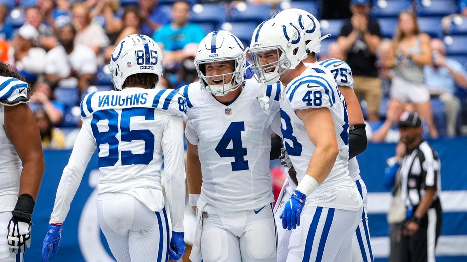 Eason efficient, Ehlinger shines late as Colts beat Panthers