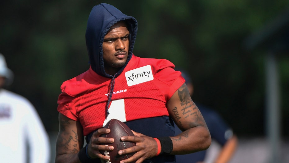 Deshaun Watson trade rumors draw reaction from Dolphins' Brian Flores