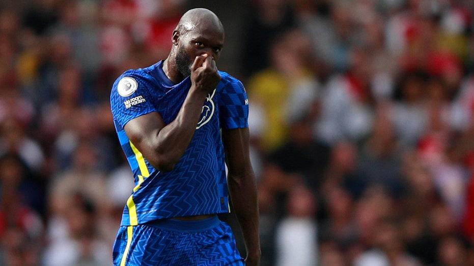 Lukaku marks Chelsea return with goal, Kane back for Spurs