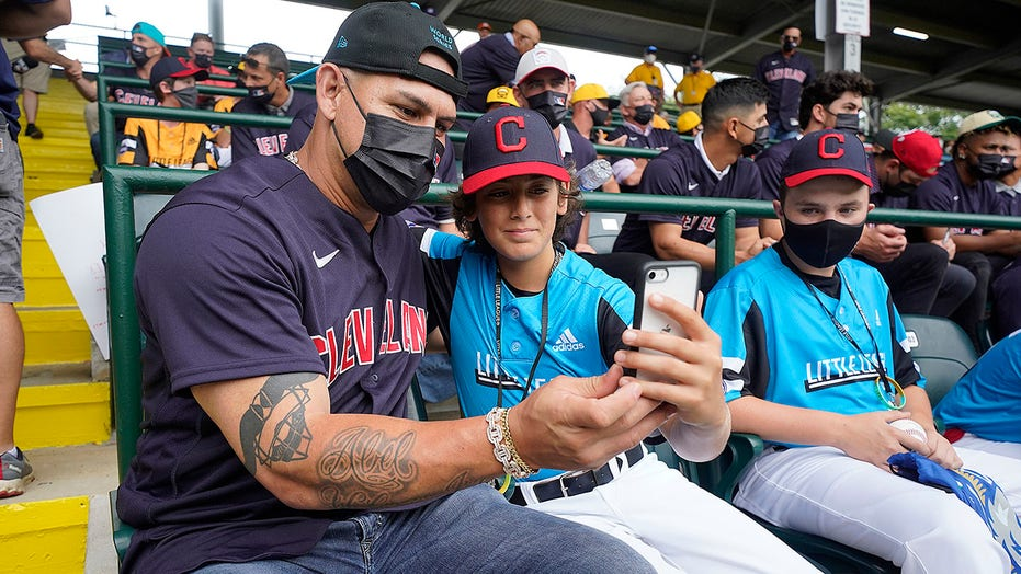 LLWS ties to Major League Baseball easy to find at tourney