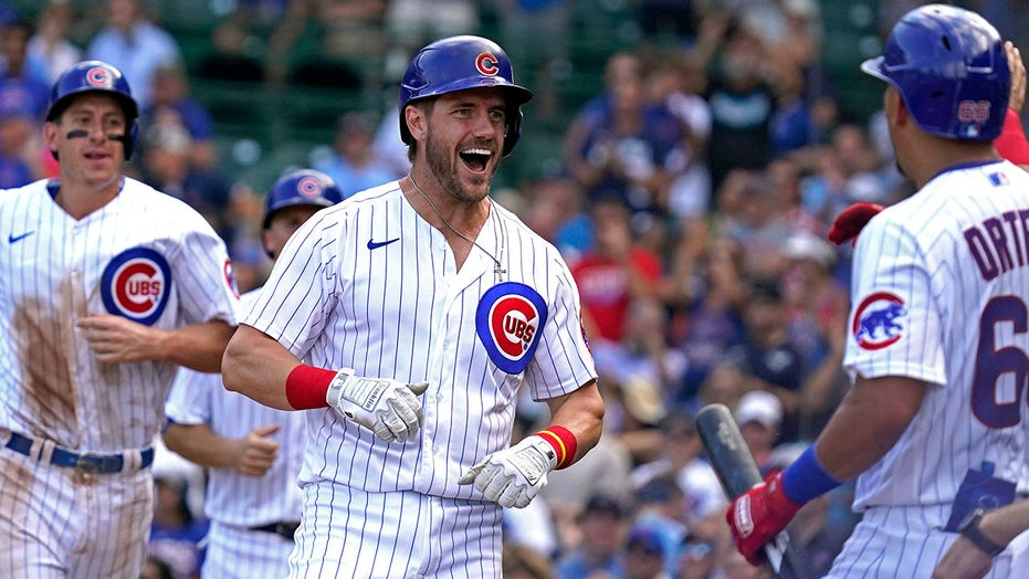 Wisdom's 3-run blast out of Wrigley leads Cubs past Rockies