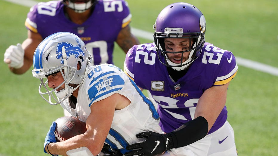 Vikes sign 10th-year safety Harrison Smith to $64M extension