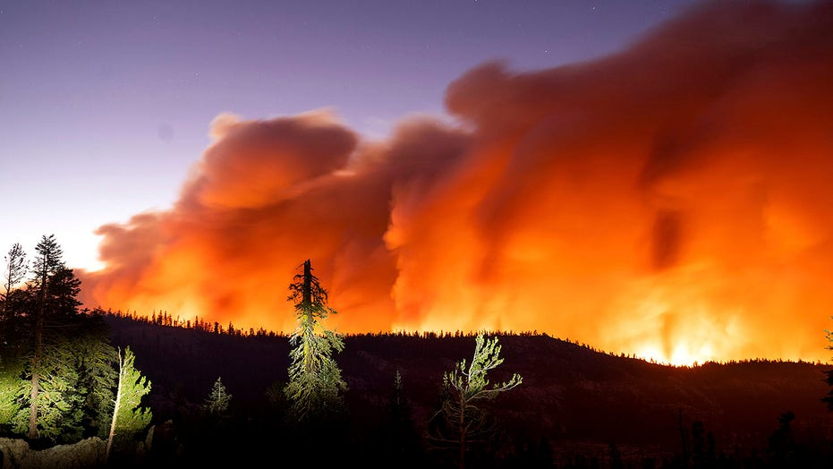 Caldor Fire moves closer to California's South Lake Tahoe, forcing more evacuations