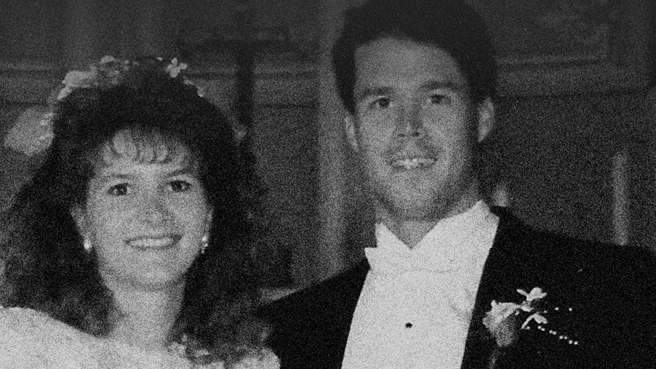John Meehan's first wife recalls how 'Dirty John' terrorized her in new podcast: 'I was scared for my life'
