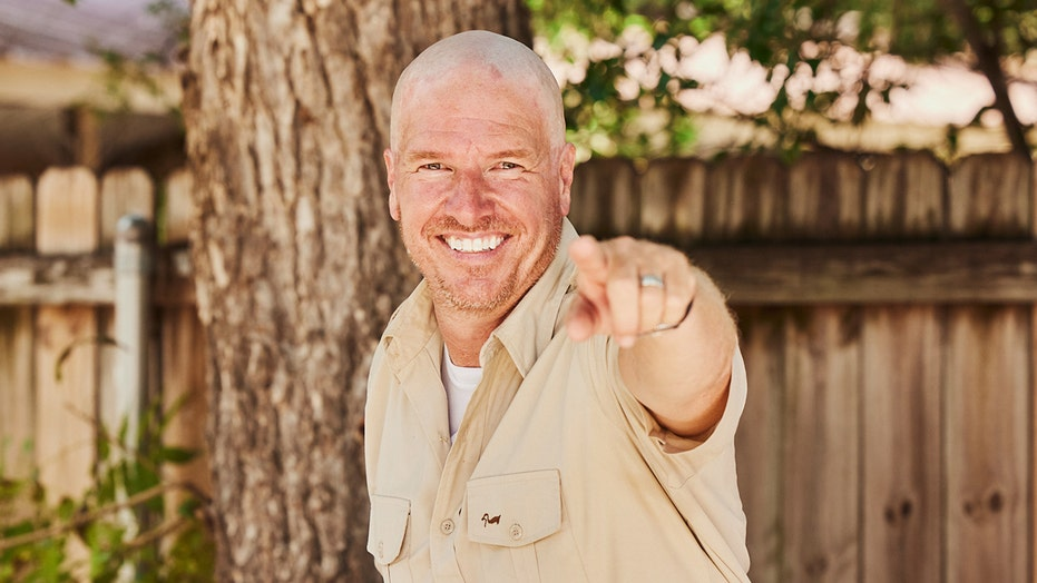 Chip Gaines debuts shocking hair transformation he made for charity: 'All worth it'