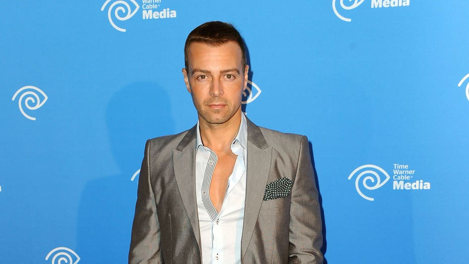 'Swim' star Joey Lawrence says upcoming film is an 'escapism' from real life