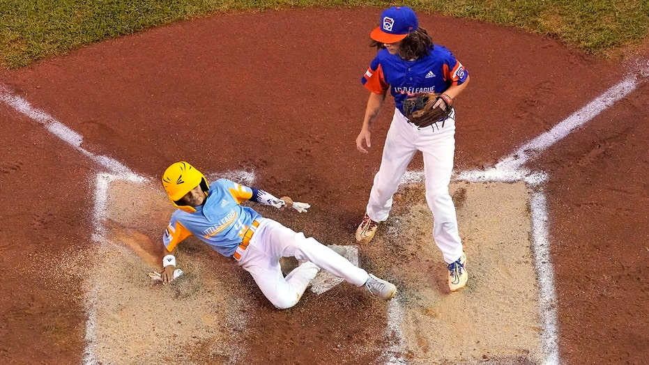 Isolated from family, Hawaii Little Leaguers keep winning