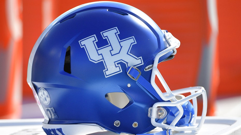 Six Kentucky football players arrested, charged with burglary