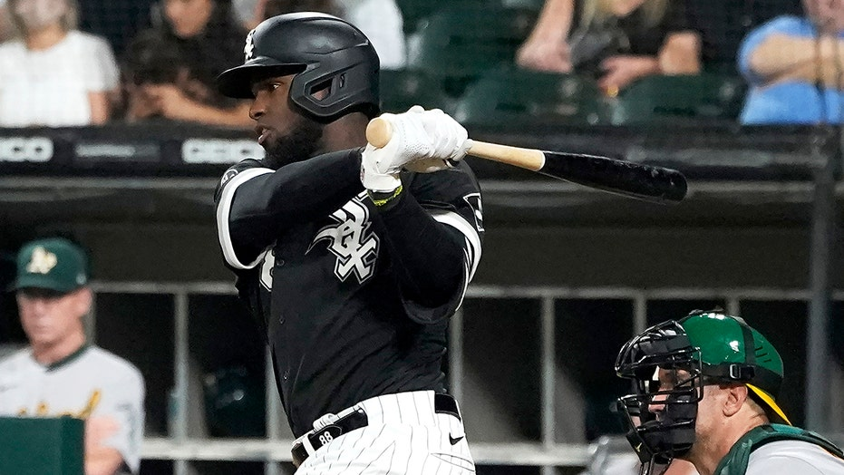 Robert has 3 hits, 2 RBIs to lead White Sox past A's 3-2